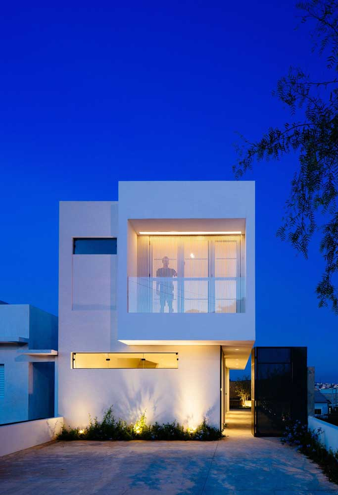 Capriche na iluminação da fachada da casa popular