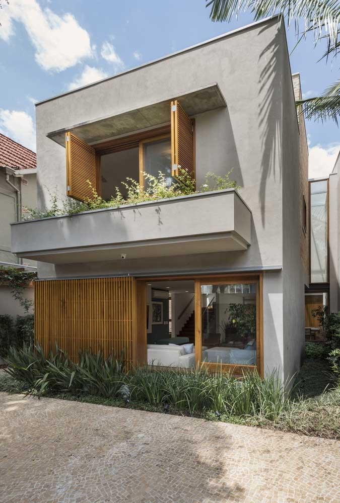 Cinza para quem deseja uma fachada de casa popular moderna