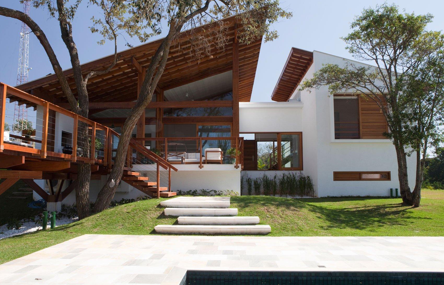 Casa de campo 100 modelos com fotos e projetos for Fachadas de casas de campo