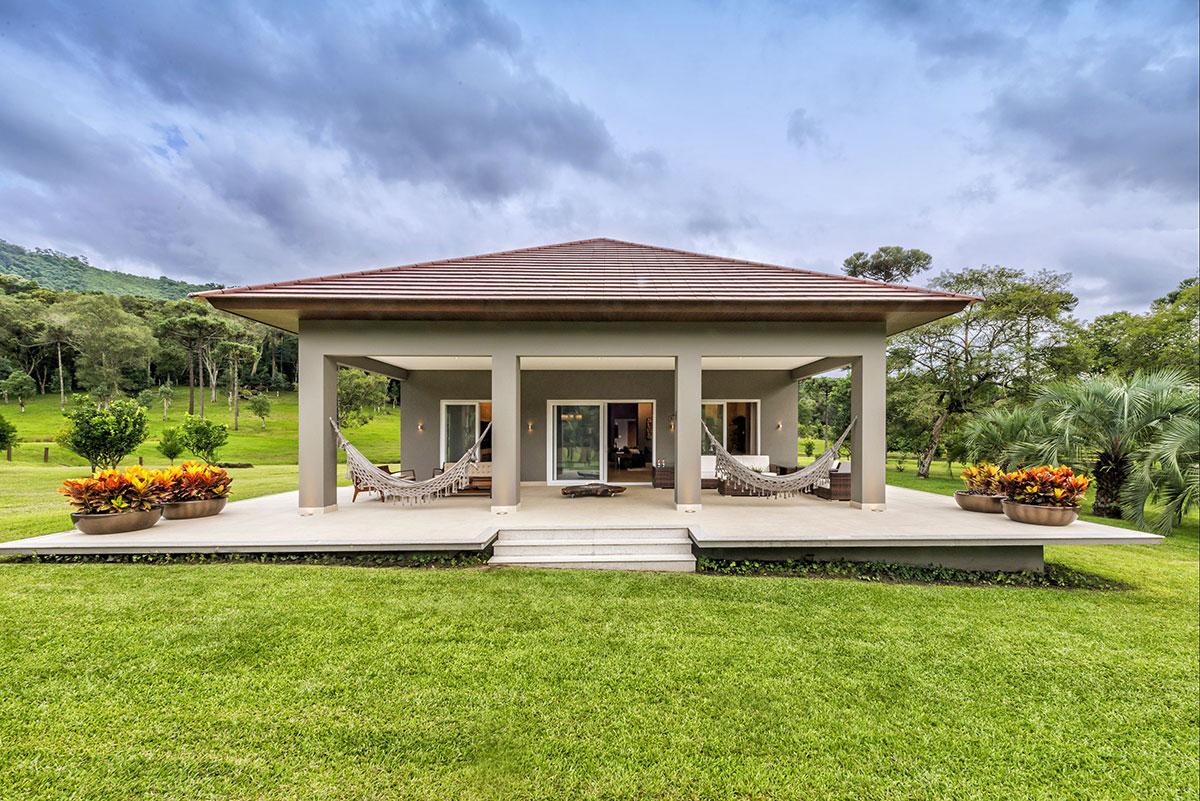 Casa de campo 100 modelos com fotos e projetos for Modelos de casas de una planta modernas