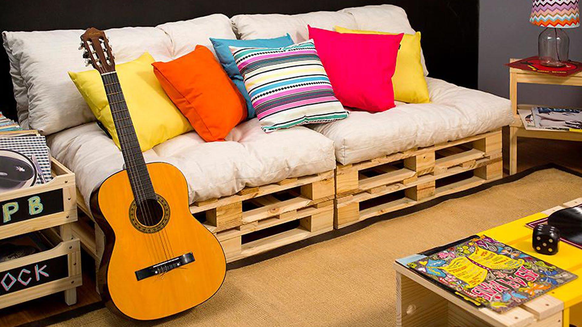 Deixe a sua sala mais estilosa com a madeira clara