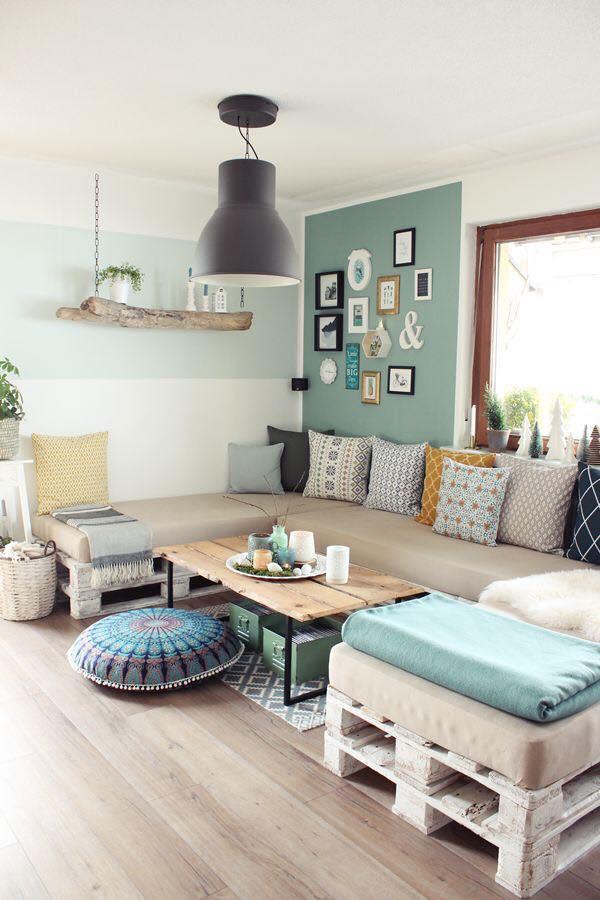 sofá por toda a extensão da sala em formato U