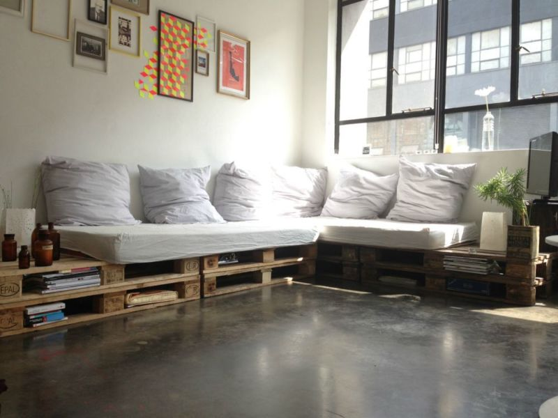 sofá grande de pallet em L