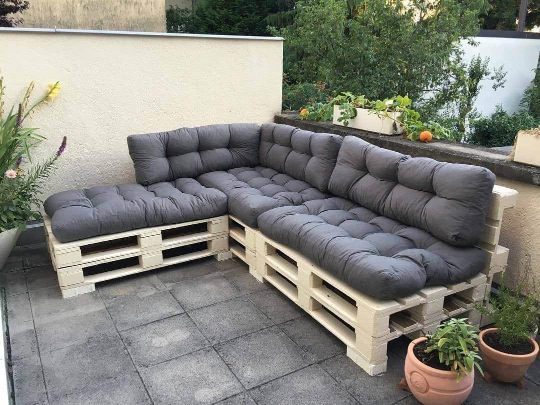 Outro modelo de sofá em L para o terraço externo