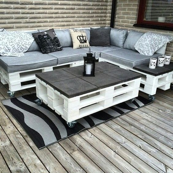 sof de pallet 105 modelos fotos e passo a passo diy. Black Bedroom Furniture Sets. Home Design Ideas