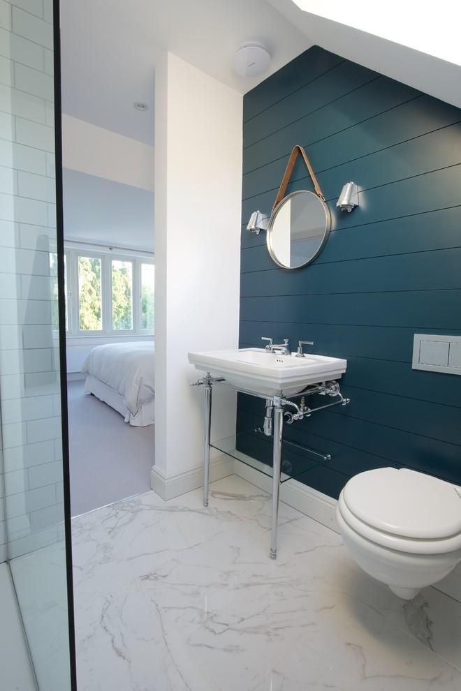 Decoração mais minimalista para um banheiro pequeno