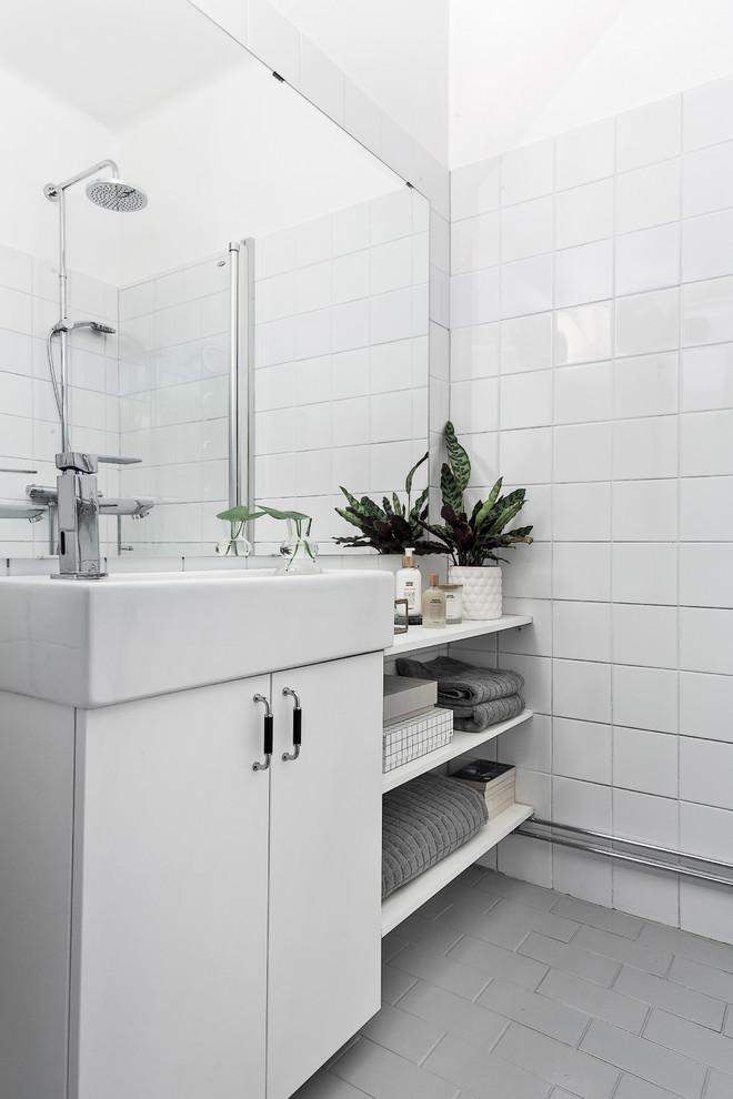 Decoração bonita e funcional para banheiros pequenos