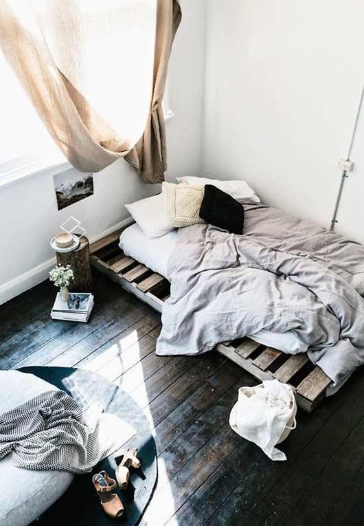 Quarto minimalista e aconchegante
