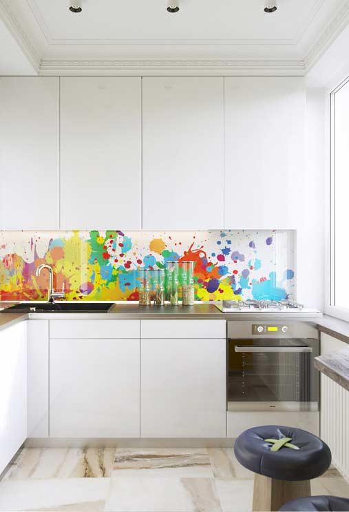 Cozinha planejada com fundo de aquarela colorida