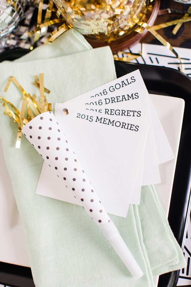 Cartões para memórias, sonhos e arrependimentos do ano