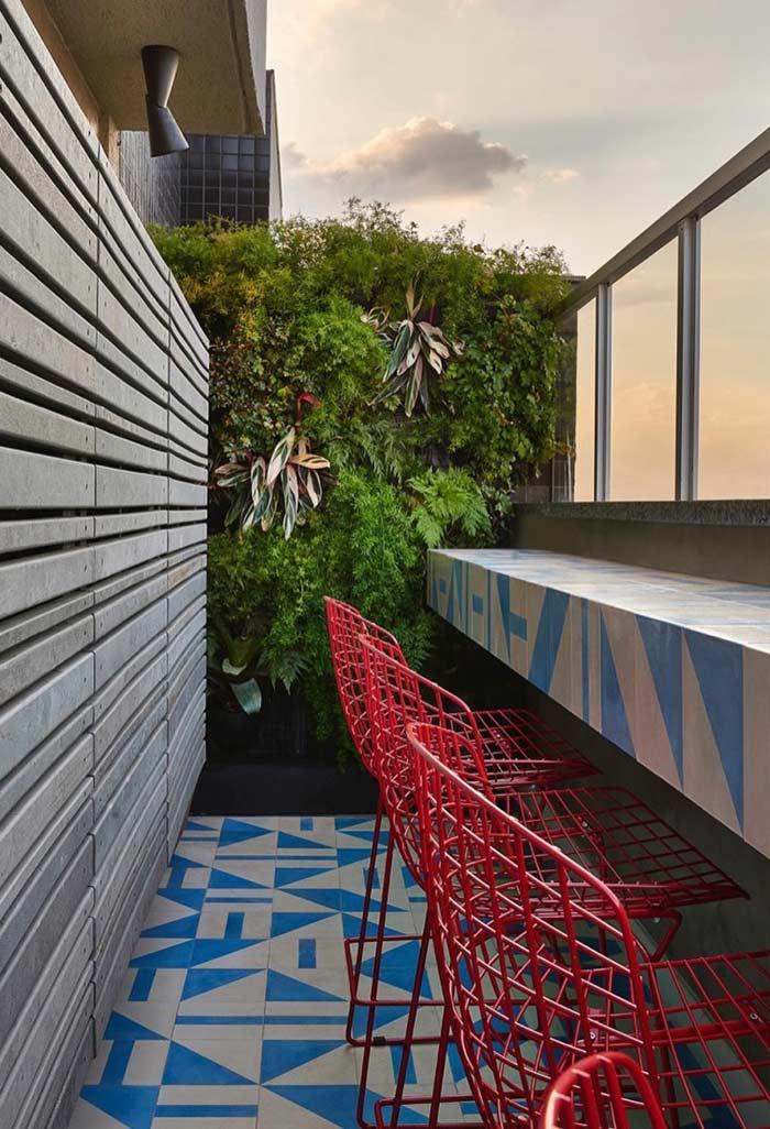 Jardim vertical na separação dos apartamentos
