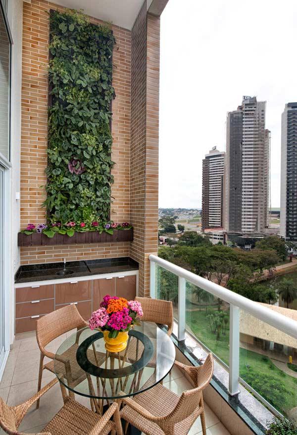 Jardim vertical até o teto