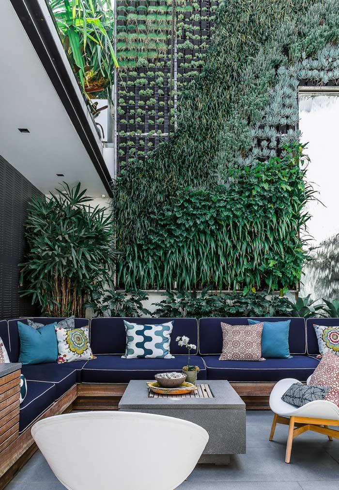 Jardim vertical para áreas abertas de prédios