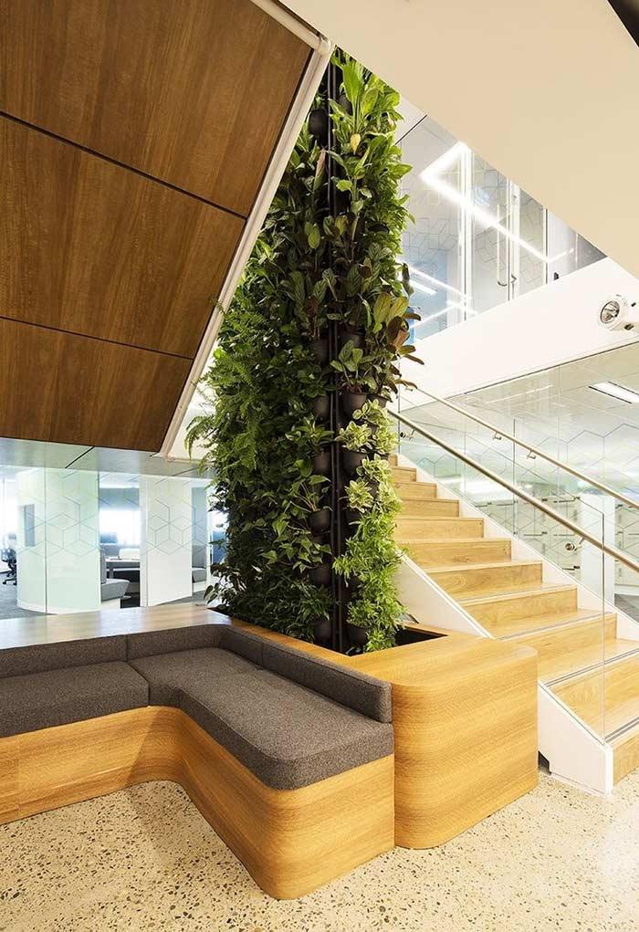 Jardim vertical para ligar dois andares