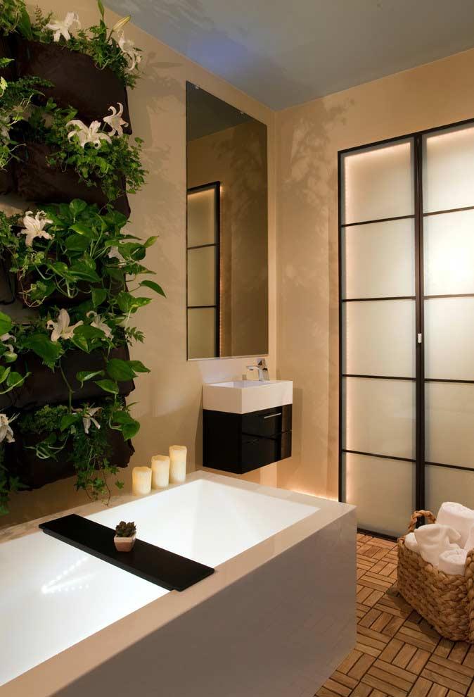 Banheiros com jardim vertical