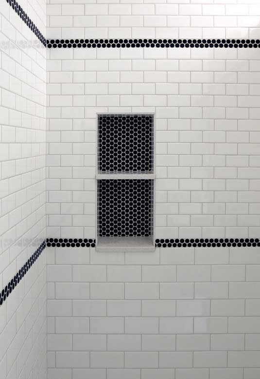 Pastilhas hexagonais e azulejos subway tiles