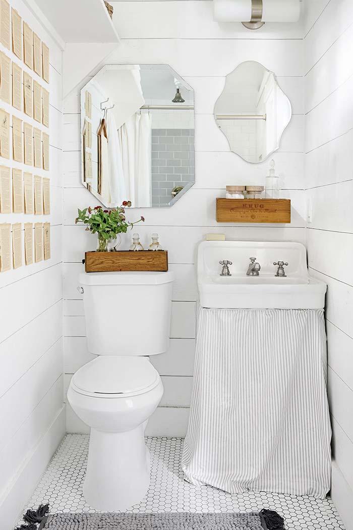 Banheiro branco retrô