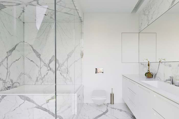 Branco marmorizado