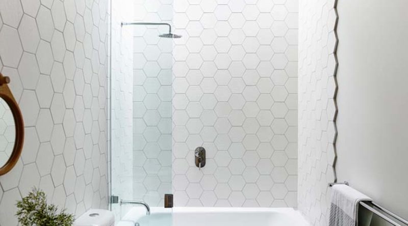Banheiro branco: ideias para decorar o banheiro com a cor