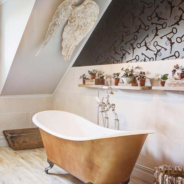 Banheira com banheiro vitoriana classica