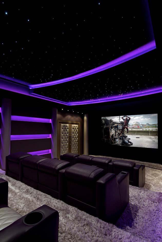 Configuração estádio para uma sala grande