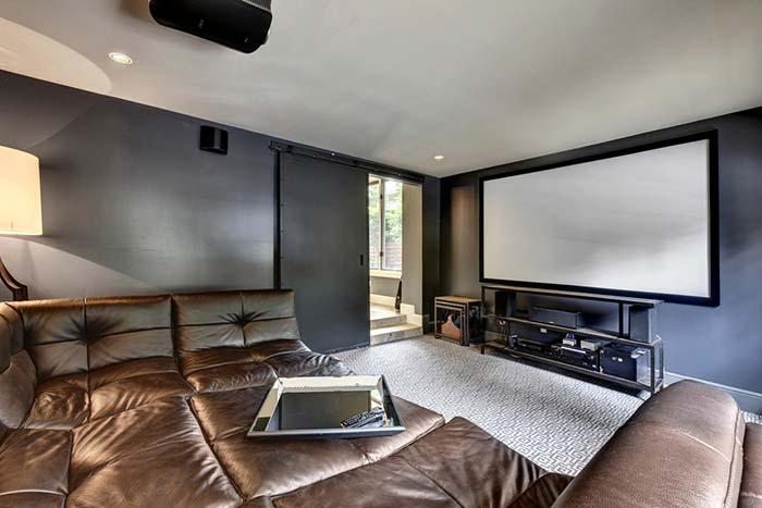 Super sofá para acomodar a família inteira
