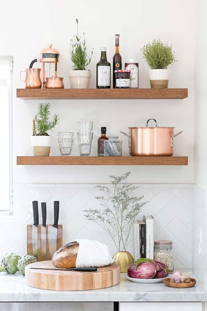 Cozinha rústica organizada
