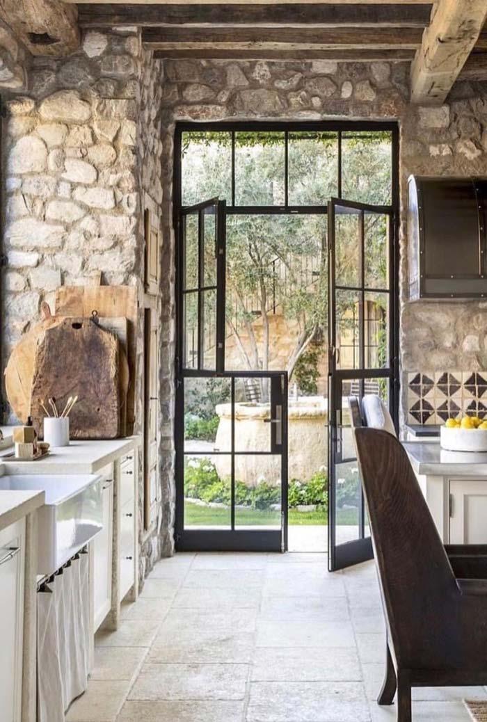 Cozinha de pedra