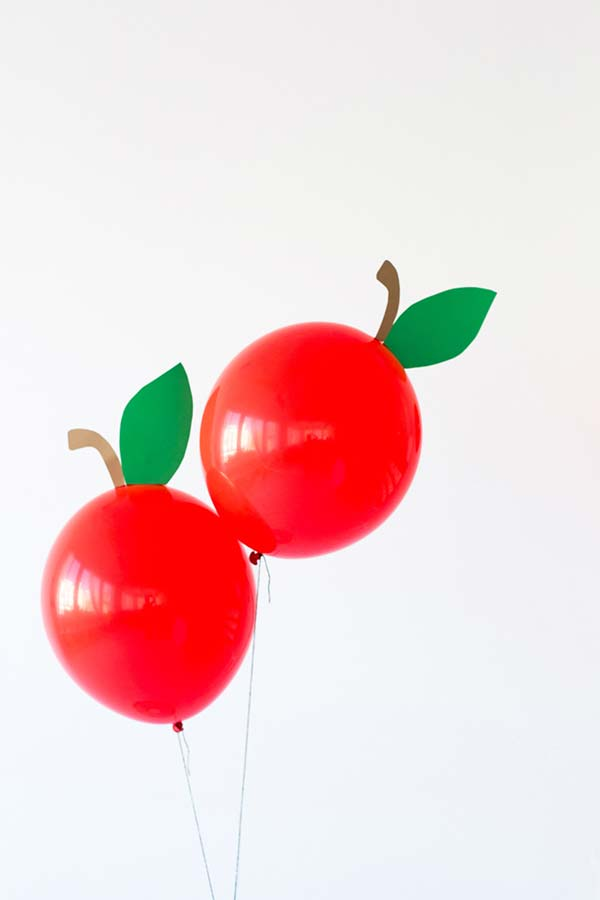Cerejinhas feitas de balão