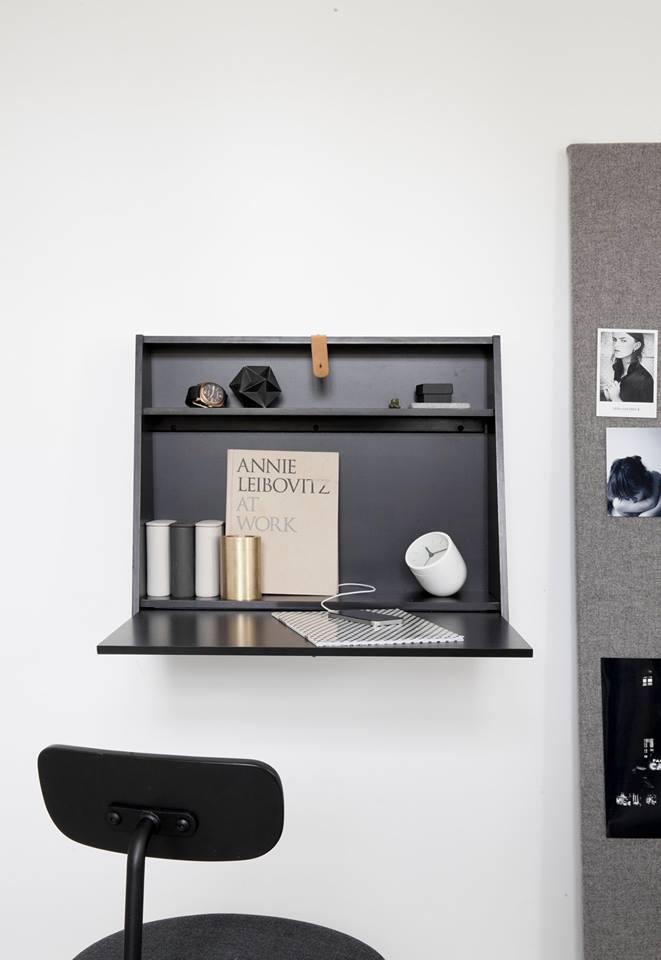 Escrivaninha armário na parede