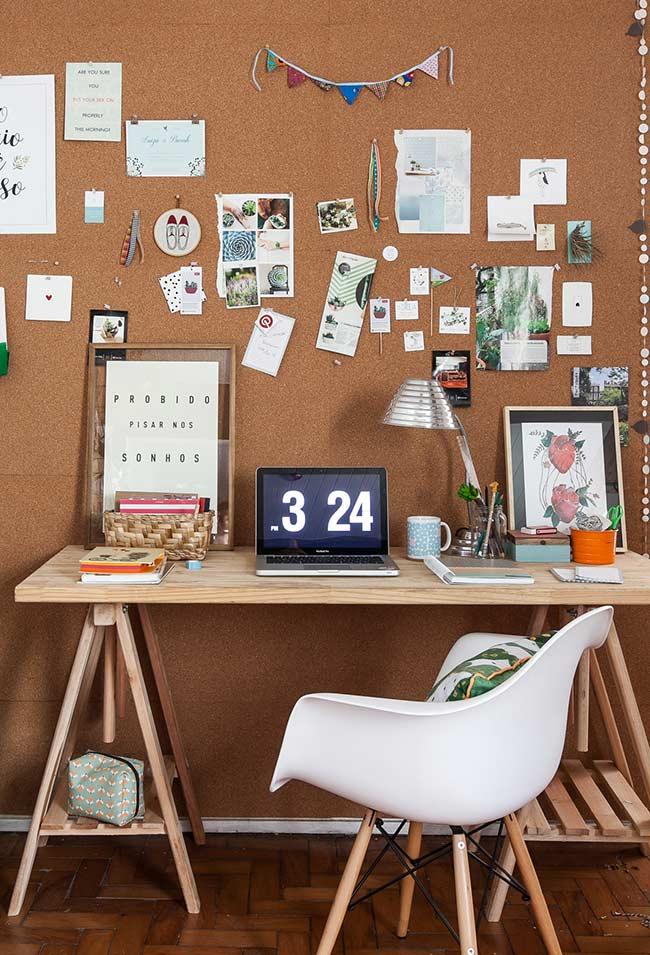 Estilo contemporâneo e descontraído da escrivaninha
