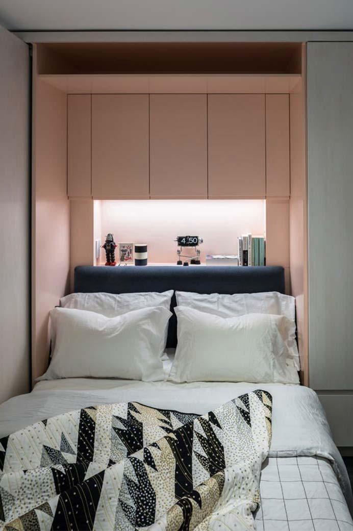 Iluminação indireta sob a cama