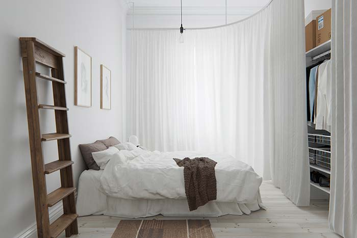 Closet fechado com cortina