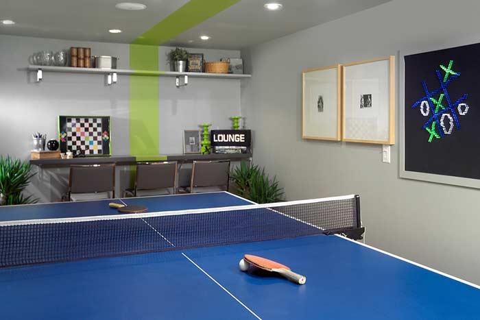 Lounge para jogos com protagonismo do ping pong