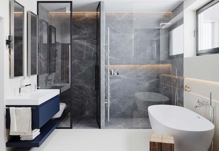 Banheiro com dois boxes