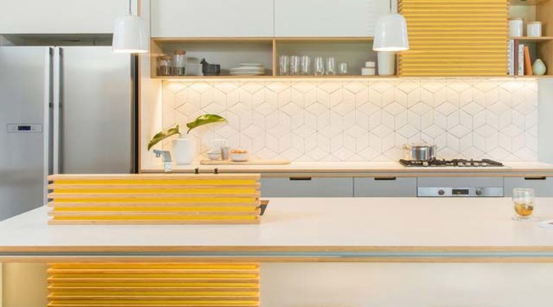 Cozinha amarela: ideias para decorar com a cor vibrante