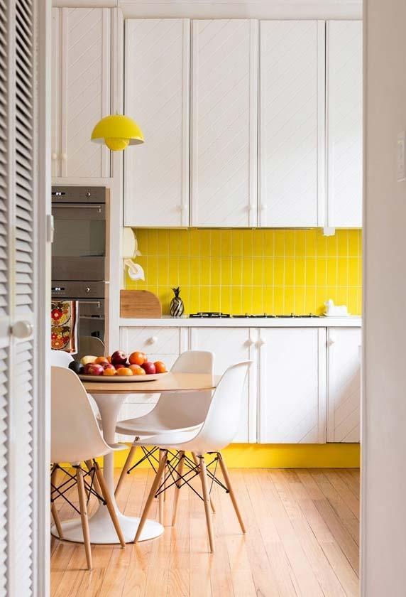 Cozinha amarelo e branco