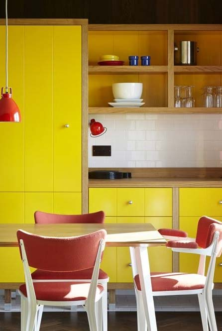 Amarelo e vermelho sim!