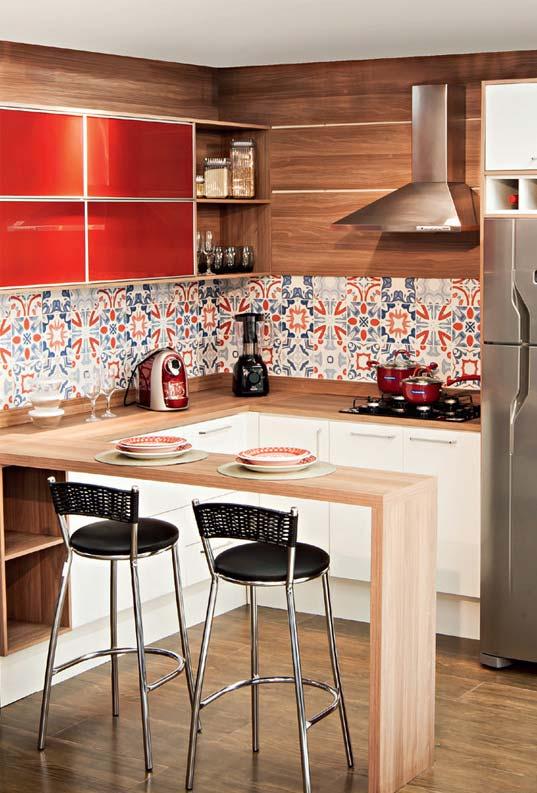 Detalhes em vermelho na cozinha