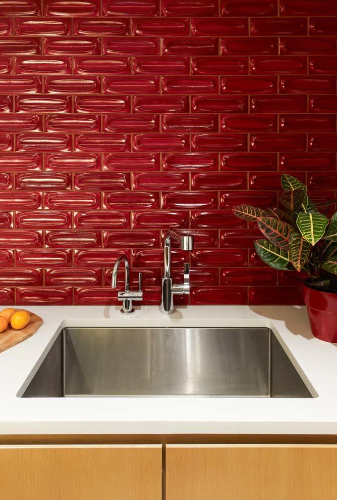 Revestimento em vermelho para a cozinha