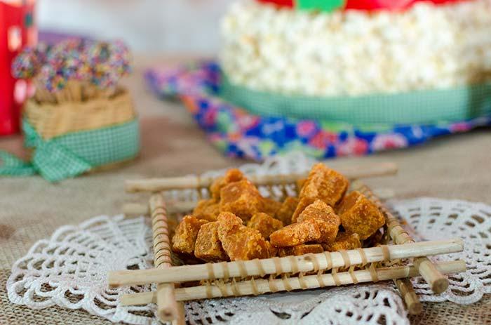 Crochê também pode entrar na decoração da festa junina