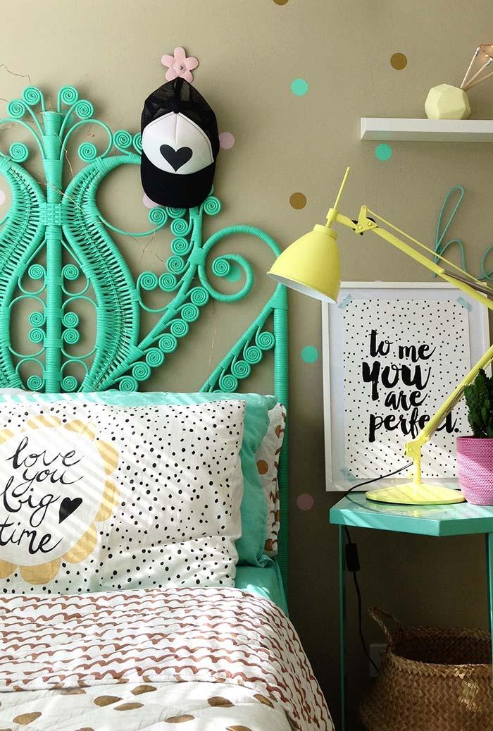 Azul turquesa como a cor perfeita utilizar como destaque para quartos infantis femininos