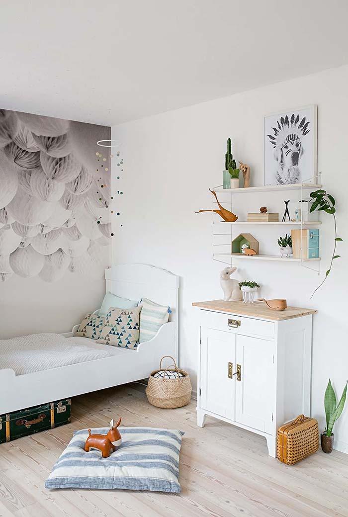 decoração de quarto infantil com toques antigos e modernos