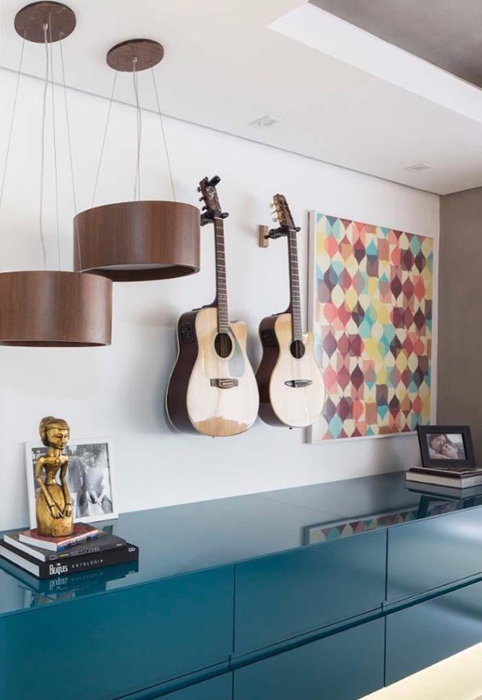 Sala de estar com decoração musical