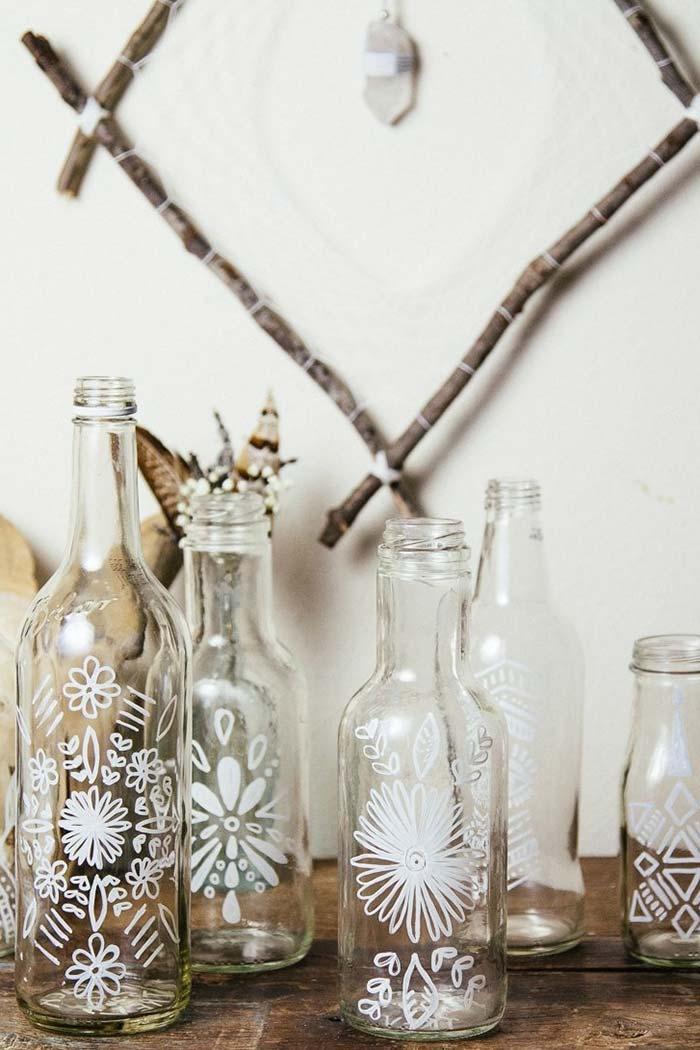 Trabalhe com a transparência das garrafas de vidro