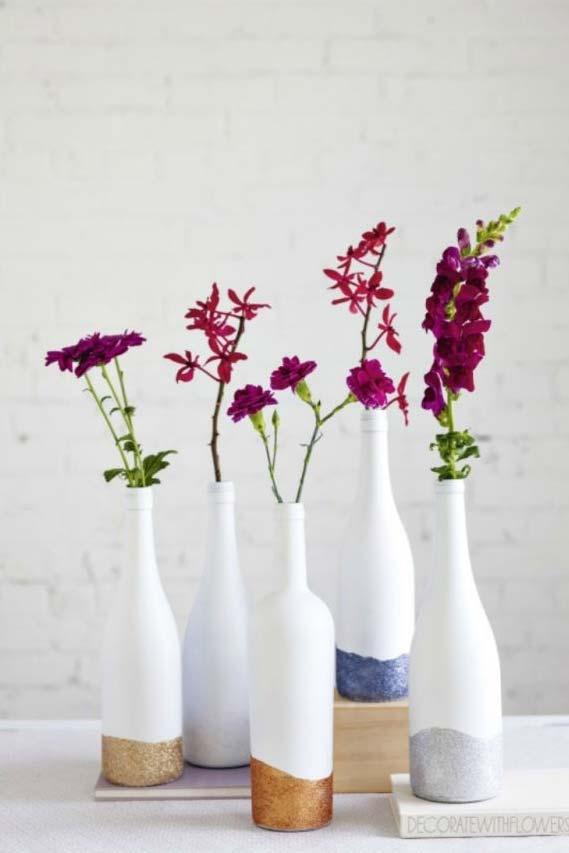 Garrafas decoradas para colocar suas flores