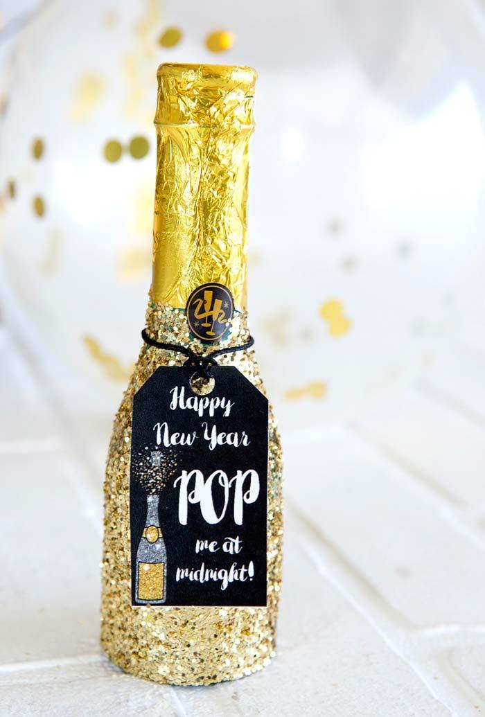 Garrafa de champagne individual e cheia de glitter