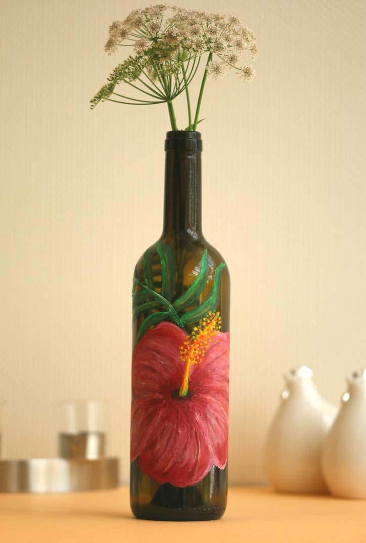 Pintura de antúrio na garrafa de vidro