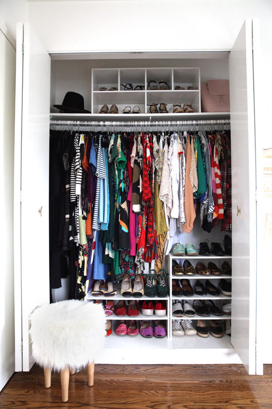 Modelos de closet com porta articulada