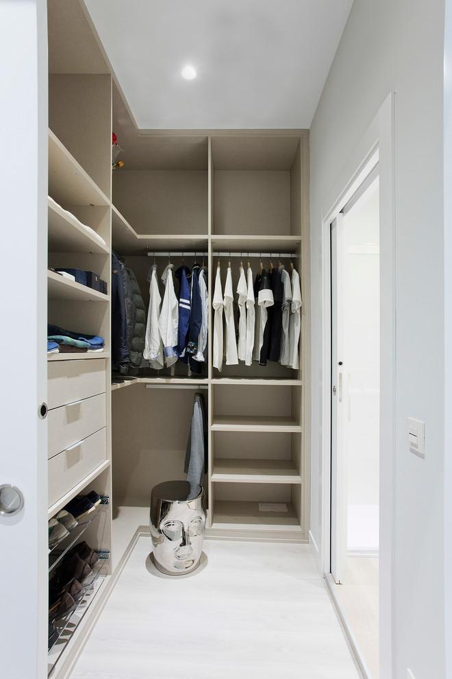 Porta de correr no modelo de closet